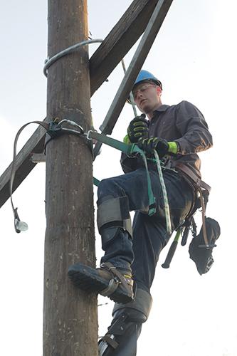 Delgado CC - Electric Line Technician